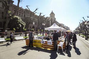 Sant Jordi 2021: Tarragona celebra la Diada amb distància i mascareta
