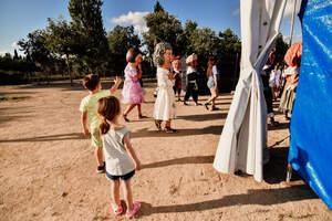 La Festa Major petita actua al carrer de la Festa