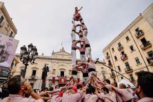 Tarragona celebra la Diada de Santa Tecla 2021 amb castells i veneració.