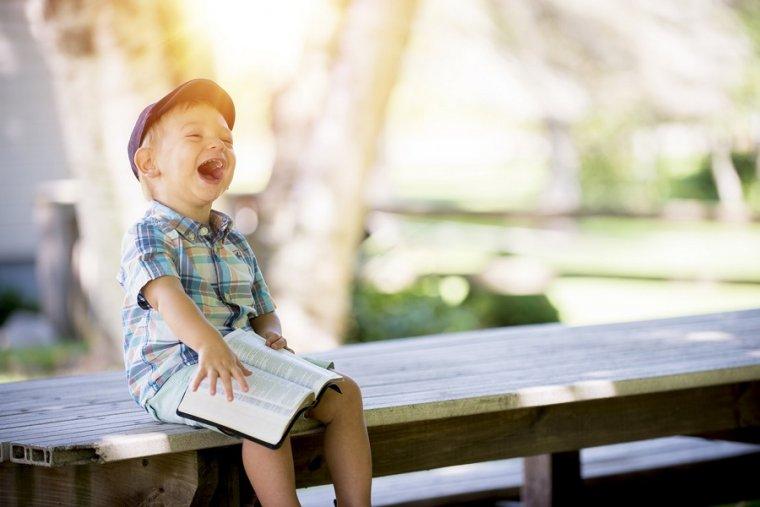 25 preguntas capciosas para niños: 25 preguntas absurdas y divertidas