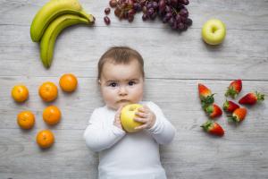 8 mitos sobre la alimentación del bebé: ¡te los desmontamos con buenos argumentos!