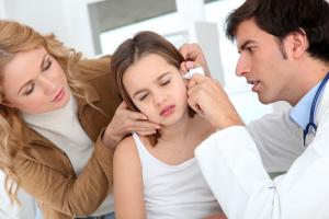 Otitis infantil: Cómo se produce, sus síntomas y tratamiento