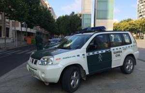 Imatge del dispositiu de la Guàrdia Civil a la plaça de la Llibertat.