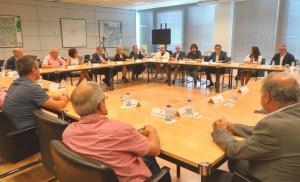 Els alcaldes han exposat les seves propostes al conseller de Territori i Sostenibilitat.