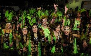 Una de les comparses del Carnaval de Cunit.