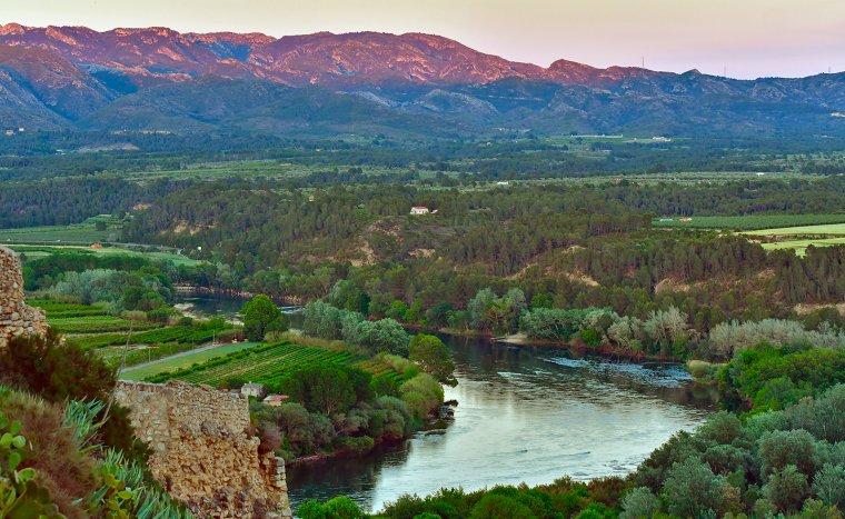 Paisaje espectacular del Ebro en su paso por Tarragona