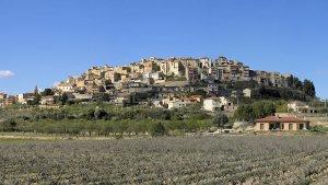 Horta de Sant Joan va ser un dels municipis que va canviar la seva denominació en tres ocasions.