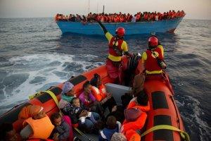 Imatge d'una acció de rescat de Proactiva Open Arms