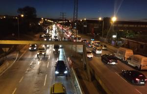 Congestions importants de trànsit al polígon Sud de Tarragona per l'acció dels piquets.