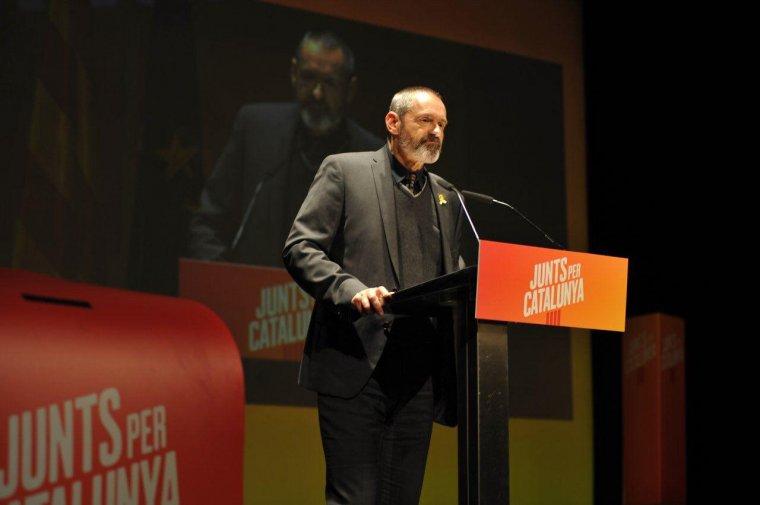 Imatge d'Eusebi Coromines durant la presentació de campanya de Junts per Catalunya.