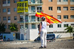 Concentracions a Tarragona a favor i en contra del rei Felip VI.