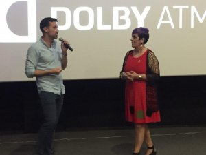 Oriol Tarragó i Esther Ferré, moderadora de la presentació
