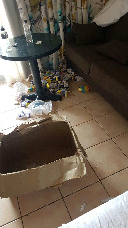 Molts atletes dels Jocs Mediterranis deixaven envasos i caixes sense llençar a les papereres.