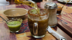 Michelada: discover the best Mexican beer recipe with tomato or clamato juice.