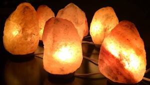 Himalayan Salt Lamp: Benefits And How To Use