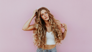Vitamins and minerals are essential to maintain healthy, strong and shiny hair.