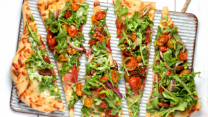 We learn how to make homemade vegan pizza and how to prepare a delicious pizza dough.