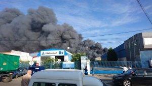 Seis heridos en el incendio de una nave en Manzanares (Ciudad Real)