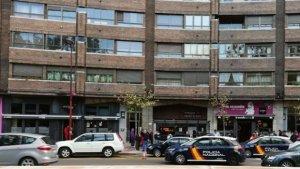 En este edificio en la ciudad de Valladolid se han producido el hallazgo del cuerpo de la mujer.
