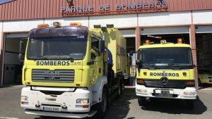 Imagen de dos camiones de bomberos de Gran Canaria