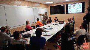 Reunión entre bomberos de Torrelavega, el 112 y el Gobierno de Cantabria para analizar la seguridad en los túneles, este martes.