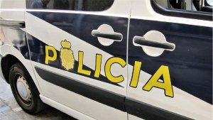 La Policía Nacional en Manacor detuvo a un hombre que robaba mediante bolsos el 'tirón'. Su última víctima falleció tras la caída.