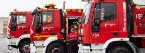 Imagen de archivo de vehículos de bomberos de Alicante