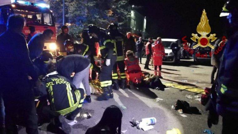 Al menos 6 muertos y un centenar de heridos en una estampida en una discoteca italiana