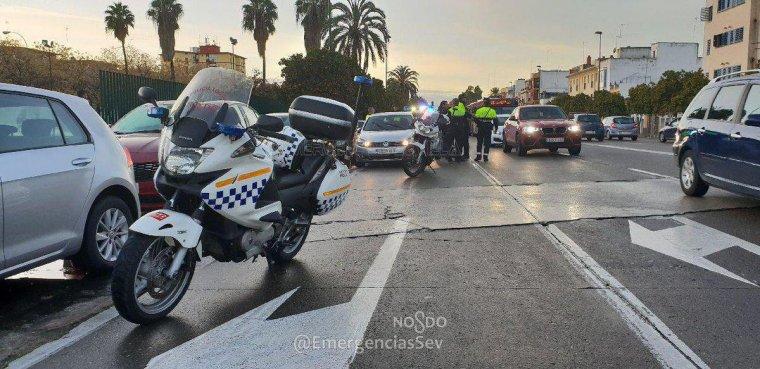 Los agentes de policía estaban regulando el tráfico cuando todo empezó