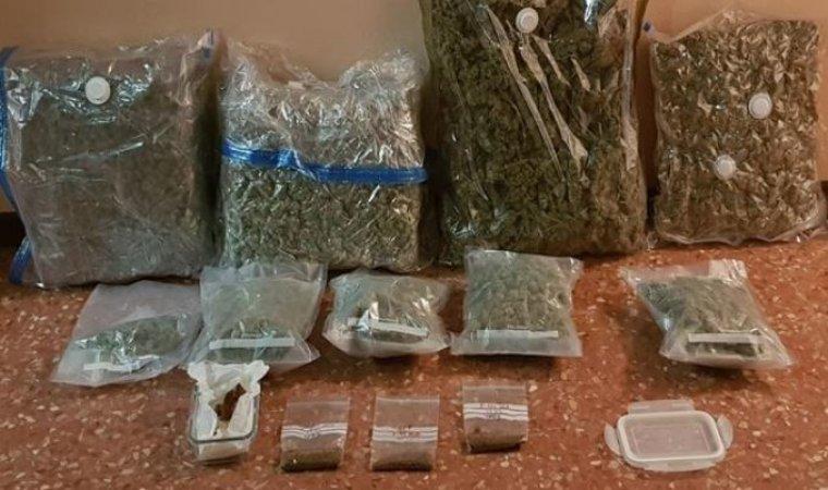 Imagen de la droga incautada por los agentes de la Guardia Civil.