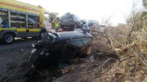 Imagen del accidente al llegar las asistencias