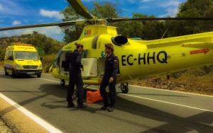 El herido ha sido trasladado en helicóptero al Hospital 12 de Octubre de la capital.