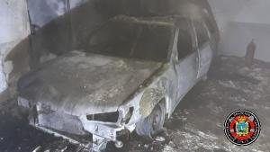 Coche incendiado Santander