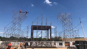 Parte de la estructura metálica en el recinto de El Arenal.