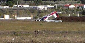 Dos heridos al estrellarse una avioneta en Chulilla, Valencia