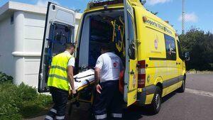 Imagen de archivo de una ambulancia de Canarias