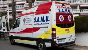 Imagen de recurso de una ambulancia del Servicio Médico de la Comunitat Valenciana