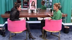 Adara y Alba Carillo hablando en 'GH VIP 7'