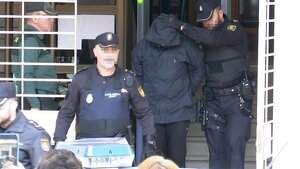 Jorge Ignacio P. a la salida del juzgado de Alzira.