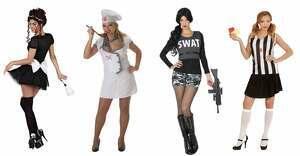 Montaje de algunos de los disfraces 'sexys' de Carrefour que están creando polémica, 2020