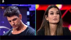 Diego Matamoros y Estela Grande enfrentados en el plató de 'El tiempo del descuento'