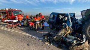 Accidente ocurrido en Caspe (Zaragoza) en el que las asistencias han tenido que rescatar a varios heridos