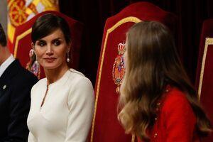 La reina Letizia con su hija Leonor en la apertura de las Cortes el 3 de febrero de 2020