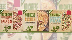 Imagen de dos pizzas y una empanada de la marca 'NO CHEESE'