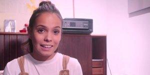 Imagen de Gloria Camila durante el vídeo.