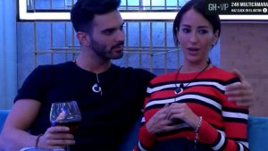 Imagen de Suso y Aurah en 'GH VIP'.