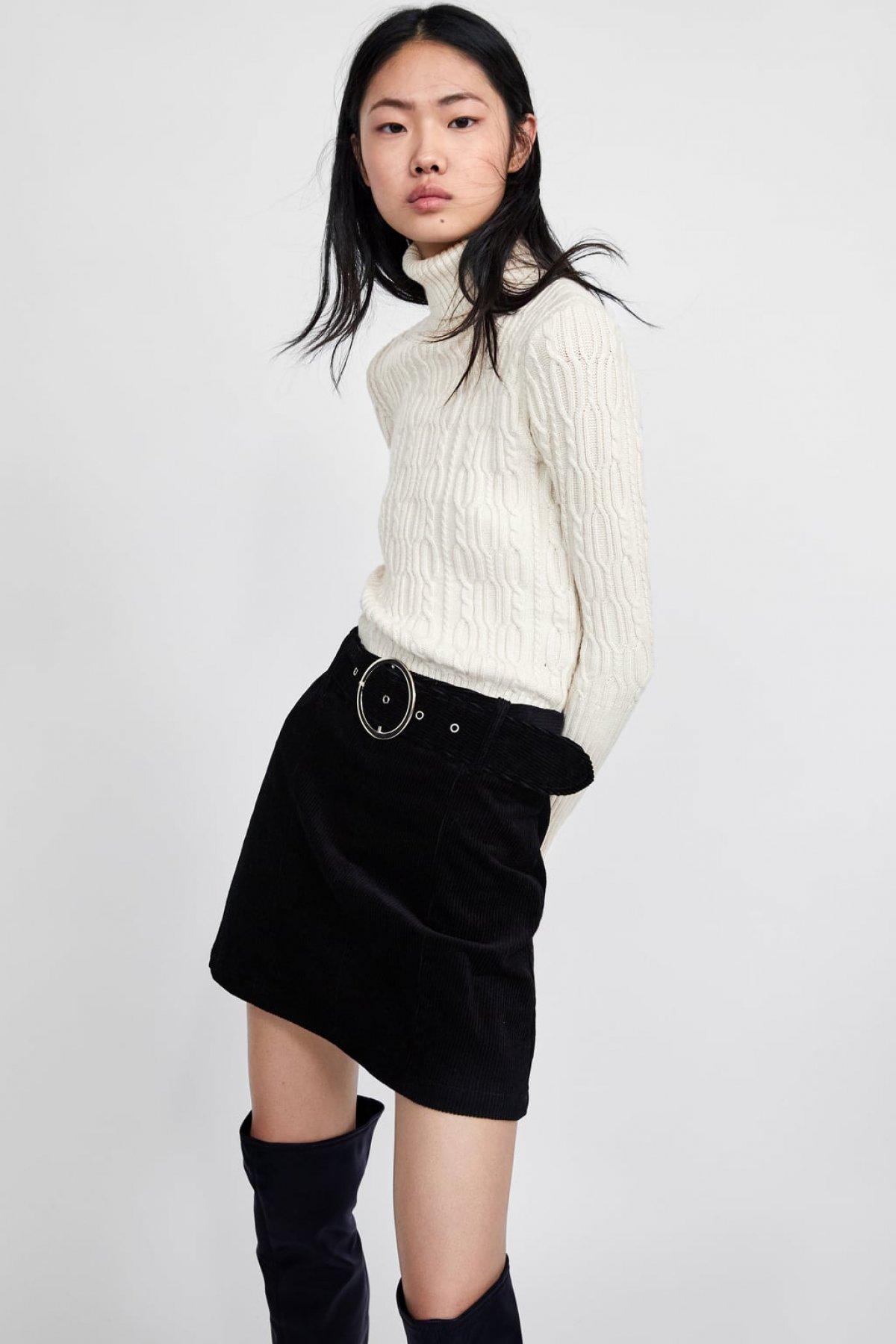 8951b00b4 Falda Mini Plisada Zara | Wig Elegance