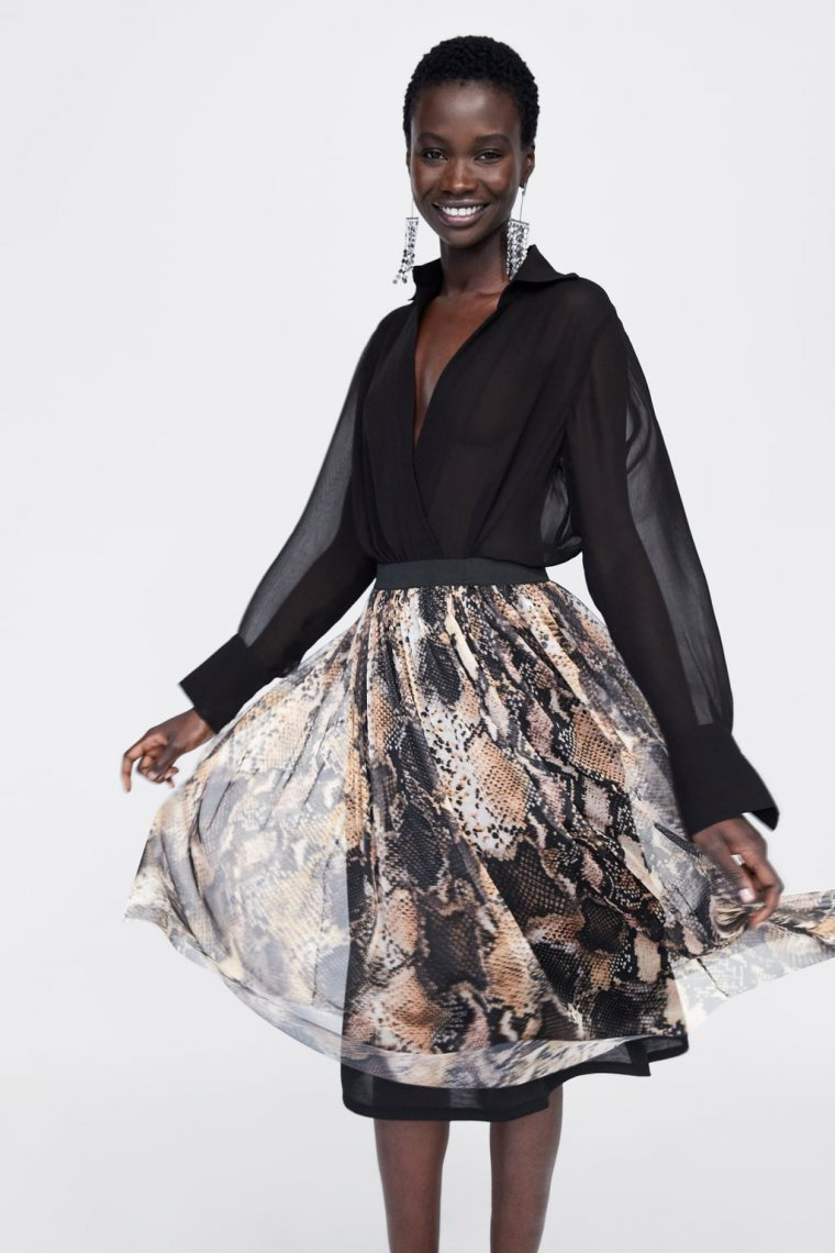 625128859 15 faldas de Zara para comprar y arrasar en el 'Black Friday'