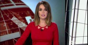 Carmen Chaparro presentando los informativos de Cuatro
