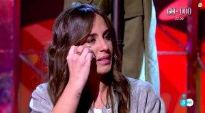 Anabel Pantoja no puede contener las lágrimas y se derrumba en directo